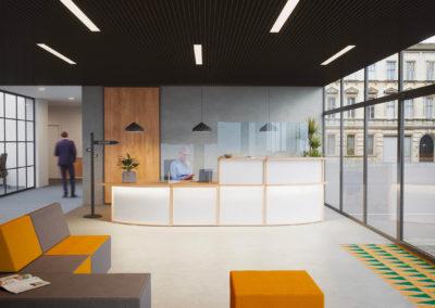 aménagement espace accueil bureau nantes